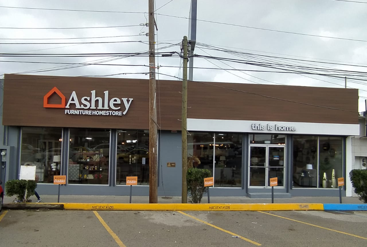 Ashley Furniture HomeStore opens new store in Mexico